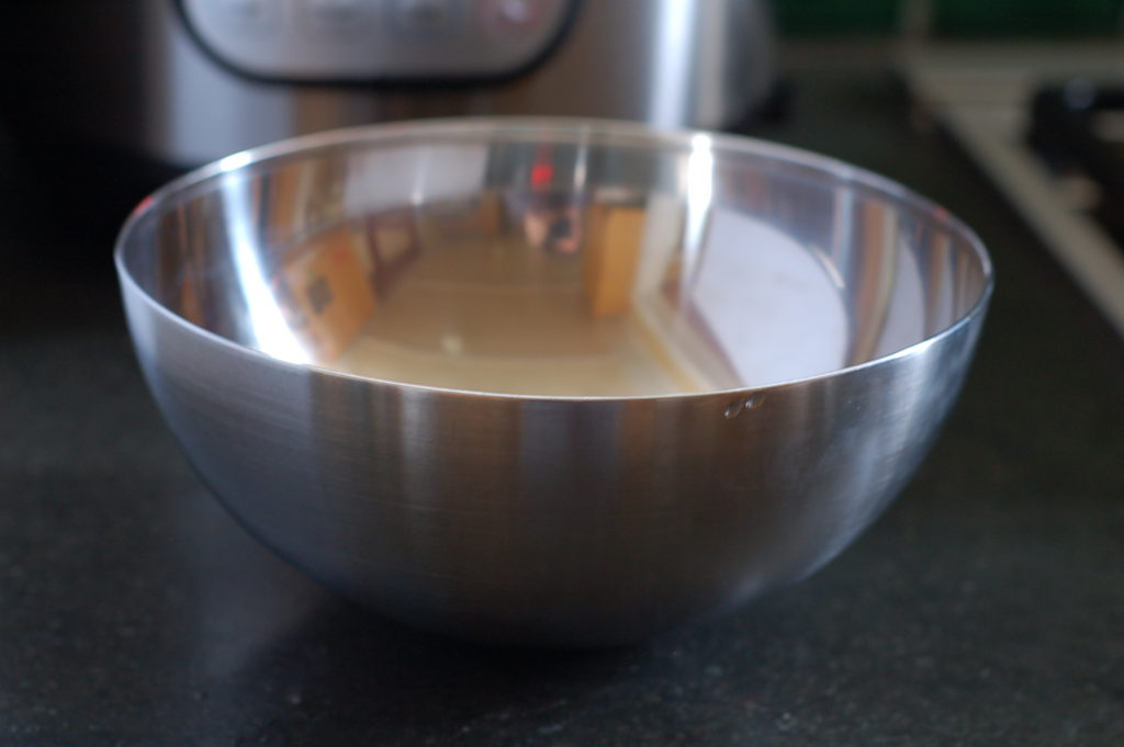 Stainless steel pot-in-pot bowl