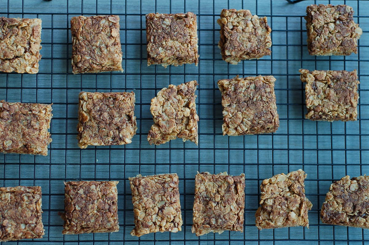 Perfect playground treat: Chocolate peanut butter oat bars